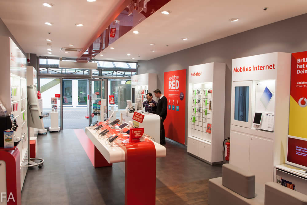 Der Vodafone Shop mit MegaRepair in Pinneberg.